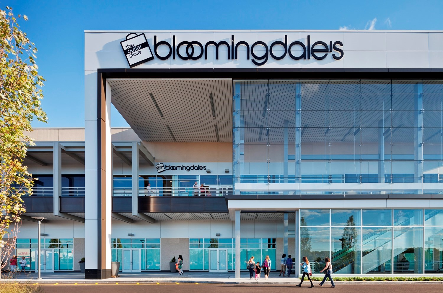 Gallery at Westbury Plaza bloomingdales.jpg
